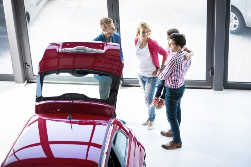 family buying car